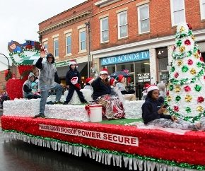 2017 Greer Christmas Parade Registration Now Open - Greenville.com